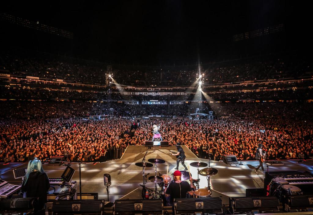 Guns N Roses, Guns N' Roses, Not In This Lifetime