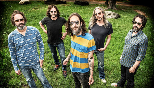 Chris Robinson Brotherhood, Chris Robinson, the Black Crowes