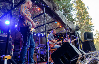 The Mother Hips' Tim Bluhm to play first Bay Area on-stage performance since March