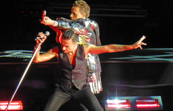 Photos & videos: Depeche Mode at Shoreline Amphitheatre, 9/26