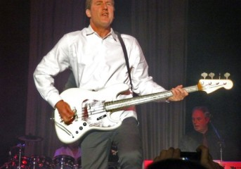 Review: Orchestral Manoeuvres in the Dark, Diamond Rings at Regency Ballroom