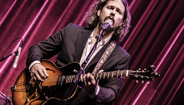 Photos: John Paul White brings Southern folk back to San Francisco