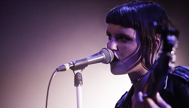 Review, photos, videos: Muna debuts <em>About U</em> at Popscene