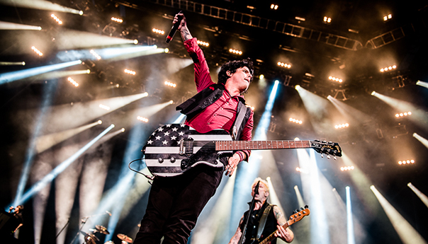 REVIEW: Green Day's spirit rally at Oakland Coliseum