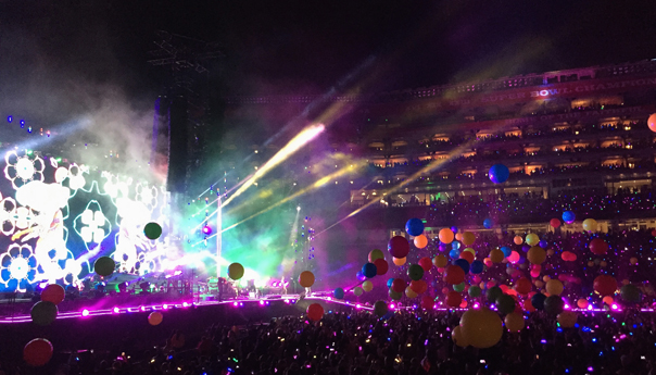 REVIEW: Coldplay blows through curfew at Levi's Stadium