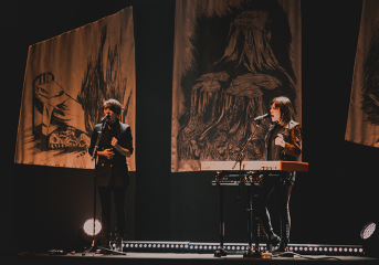 REVIEW: Tegan and Sara meld music with new memoir at Sydney Goldstein Theater