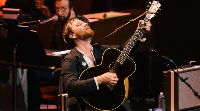 PHOTOS: Dan Auerbach brings his Easy Eye Sound Revue to SF