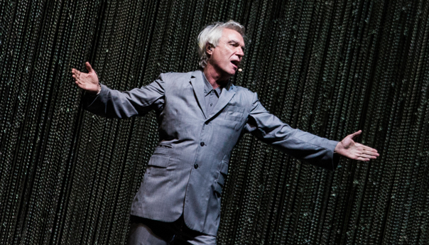 REVIEW: David Byrne walks the line between rock and theater at the Bill Graham Civic Center
