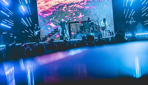 PHOTOS: Smashing Pumpkins bring marathon rock spectacle to Oracle