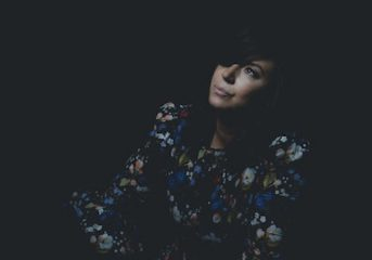 ALBUM REVIEW: Cat Power comes home on 'Wanderer'