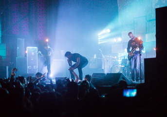 REVIEW: Circa Survive shares 'The Amulet' magic with the UC Theatre