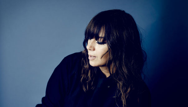 REVIEW: Cat Power says plenty with silence at the Fox