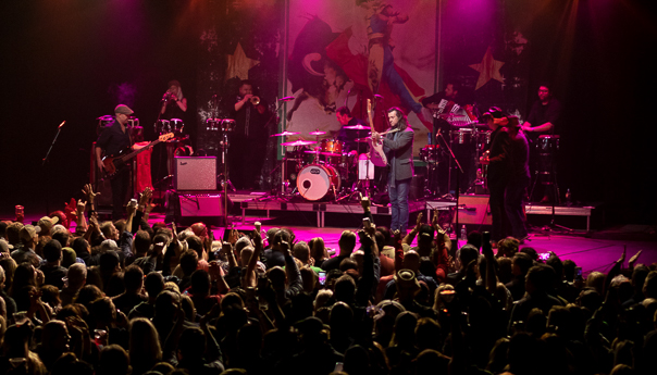 Roger Clyne and The Peacemakers celebrate 20 years at The Van Buren
