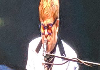 """REVIEW: Elton John is """"still standing"""" on Farewell Yellow Brick Road Tour in L.A."""
