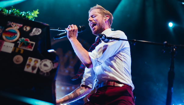 REVIEW: Andrew McMahon in the Wilderness turns the Fox into an epic pool party