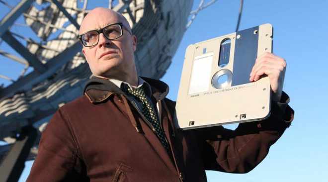 Nerdcore pioneer MC Frontalot on his new LP, breaking up with the Internet