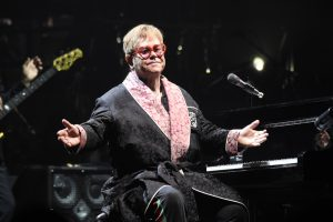 Elton John, Farewell Yellow Brick Road