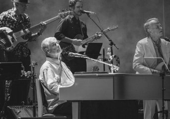 REVIEW: Brian Wilson mixes Beach Boys hits with deep cuts in Oakland