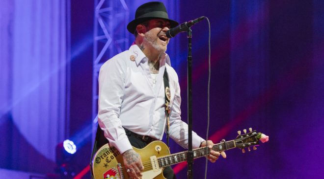 REVIEW: Social Distortion confuses, Flogging Molly wows in Berkeley