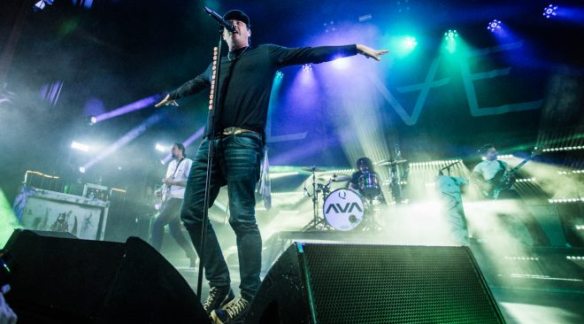 REVIEW: Angels & Airwaves travel through space at The Warfield