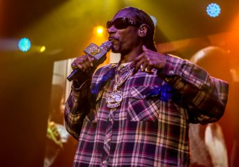 "PHOTOS: Snoop Dogg brings his ""I Wanna Thank Me"" tour to the Fillmore"