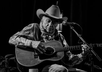 REVIEW: Ramblin' Jack Elliott entertains with folk standards at The Chapel