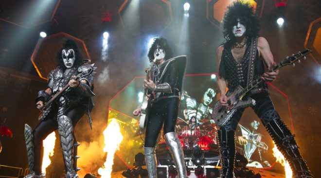 REVIEW: KISS and David Lee Roth say goodbye to Oakland (maybe)