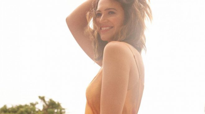 ALBUM REVIEW: Mandy Moore finds her 'Silver Landings' on comeback record