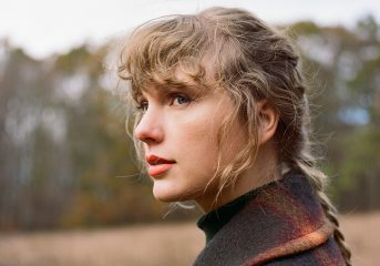 ALBUM REVIEW: Taylor Swift delivers second lyrical punch on 'evermore'