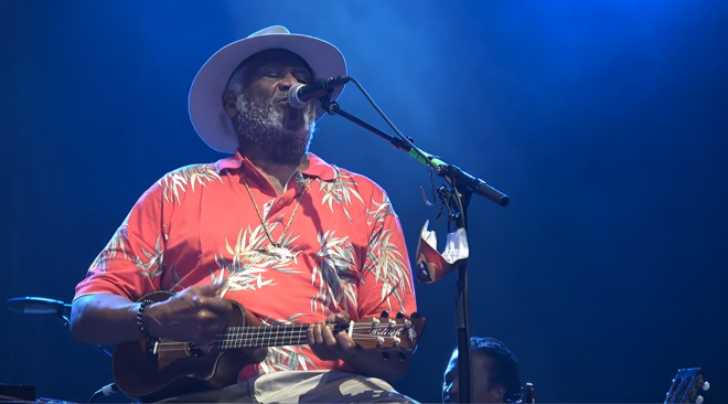 REVIEW: Taj Mahal streams a good time from The UC Theatre