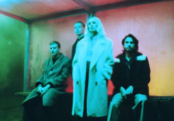 ALBUM REVIEW: Wolf Alice triumphs with 'Blue Weekend'