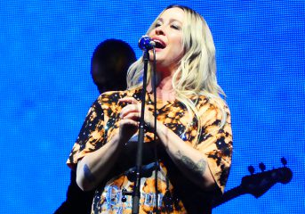 REVIEW: Alanis Morissette and Garbage celebrate 'Jagged Little Pill' at Concord Pavilion